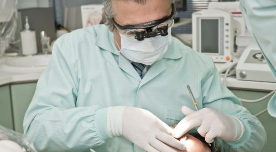 Sposób na krzywe zęby